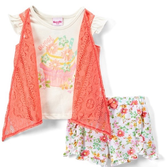 Nannette Other - SALE Pink Floral Shrug Layered Tee & shorts